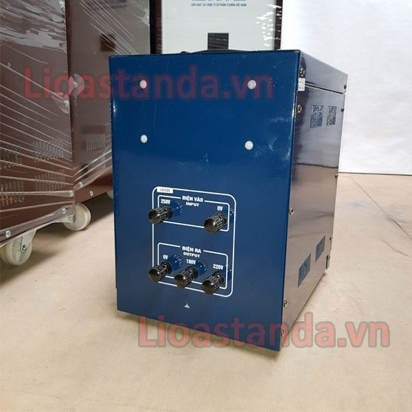 dung-on-ap-standa-3kva-chinh-hang